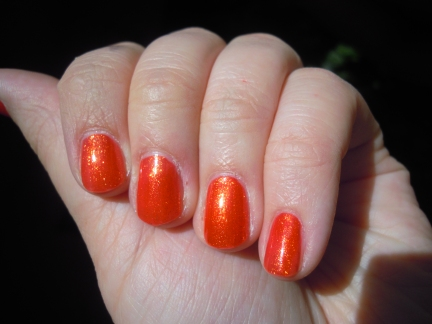 China_glaze_riveting_pailletes_or_3