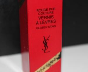 YSL_Yves_Saint_Laurent_rouge_vernis_à_lèvres (1)
