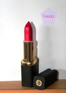 L'Oréal_collection_exclusive_pure_reds_rouges_purs_mats_rouge_à_lèvres_blake_freida (1) copie