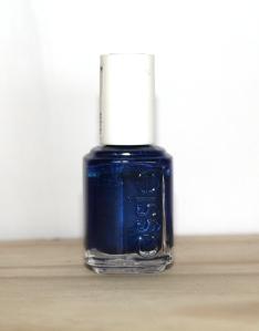 essie_aruba_blue_nail_polish_vernis_ (1)