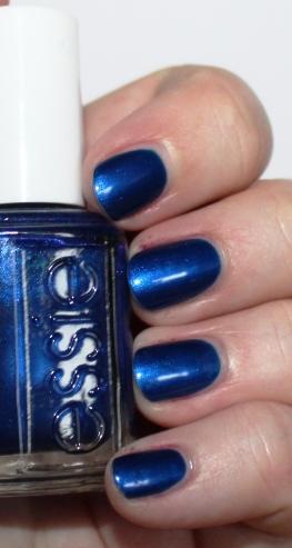 essie_aruba_blue_nail_polish_vernis_ (7)