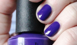 OPI_do_you_have_this_color_in_stock-holm_vernis_violet_O.P.I (3)